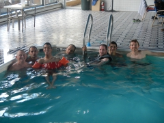 J6-Piscine-photo-groupe-1.JPG