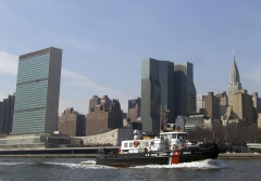1024px-New_York_City_Midtown_from_the_East_River_UN.jpg